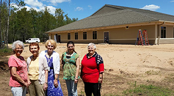 News Releases | OSF St. Francis Auxiliary Donates to Rehab Center